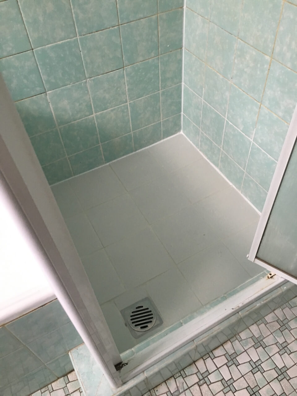 Shower Tray Replacement Or Shower Seal